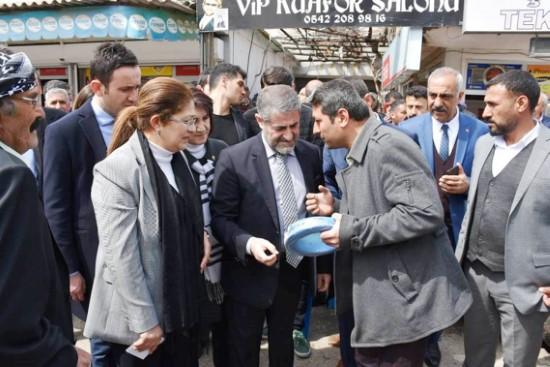 Nebati'den AK Parti ve adaylarına destek