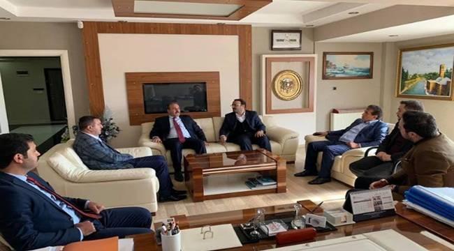 Özcan'dan AK Başkan Adayı Kuş'a Destek