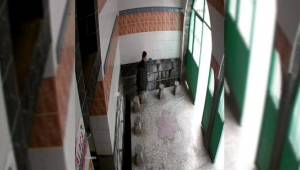 Camiye girip muslukları çaldı