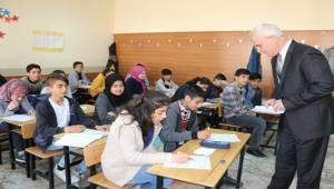 Deneme Sınavı 43 Bin Öğrencinin Katılımıyla Gerçekleşti