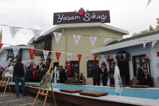 Şanlıurfa'da sosyal yaşam sokağı açıldı
