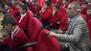 Spor Malzemesi Desteğini Gaziantep'ten Başlattı