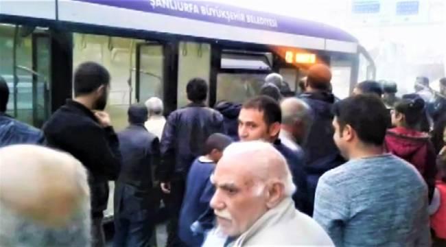 Urfa'da Halk Otobüsünde Panik