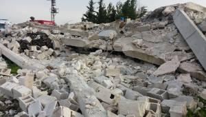 Viranşehir'de Ev Çöktü 1 Ölü 2 Yaralı