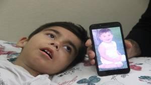 5 Yaşındaki Müslüm Çaresizce Bekliyor