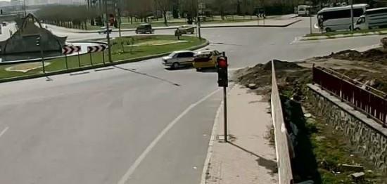 Şanlıurfa'da kaza anı güvenlik kamerasında