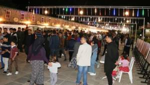 Şanlıurfa'da Ramazan Sokağı yoğun ilgi gördü