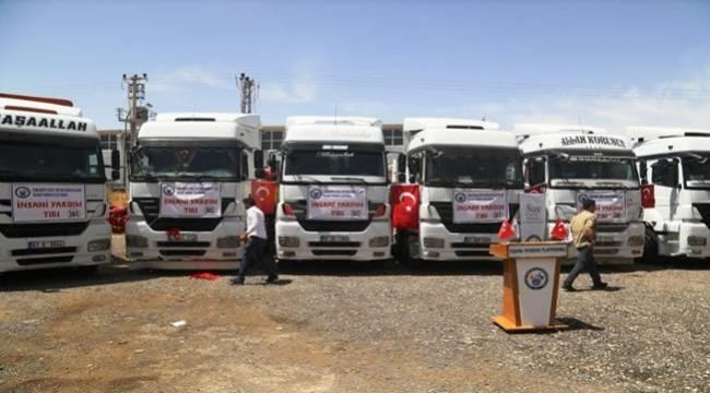 Şanlıurfa'dan Suriye'ye 8 İnsani Yardım Tır'ı Daha