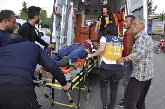 Siverek'te otomobille motosiklet çarpıştı: 1 yaralı