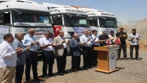 7 TIR yardım malzemesi daha Suriye'ye gönderildi
