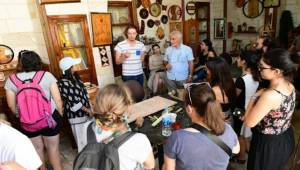 Avrupalı Gençler Büyükşehir'in Sanat Sokağı'nda