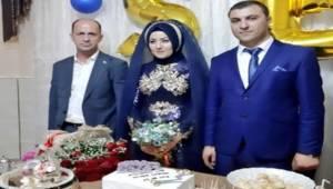 Başkan Yavuz Şehit Kardeşinin Nişan Yüzüğünü Taktı
