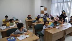 Çocuklar Haliliye Belediyesinde Kur'an-I Kerim Öğreniyor