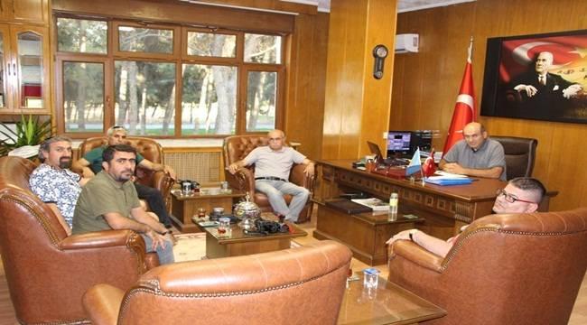 Gazeteciler'den TİGEM Ceylanpınar Müdürü'ne Ziyaret