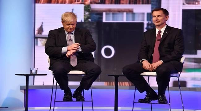 İngiltere'de başbakanlık için aday sayısı ikiye inecek