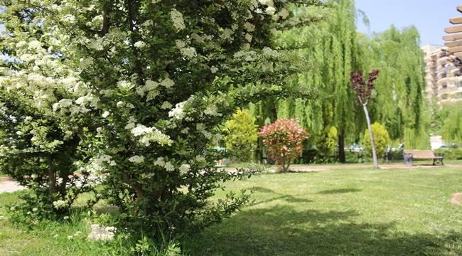 Karaköprü'de Parklar Onarılıyor