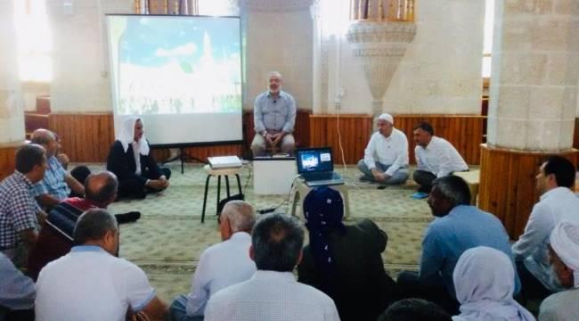 Şanlıurfa'da Hacı Adaylarına Seminer Verildi