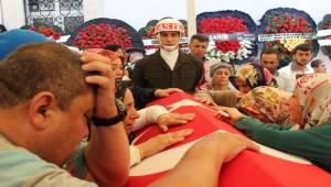 Şehit Mehmet Dursun Son Yolculuğuna Uğurlandı