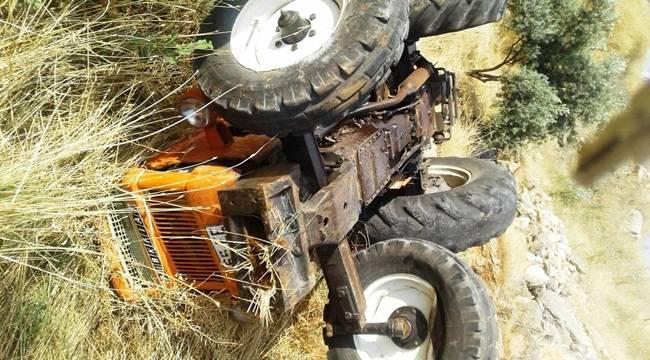 Traktör Şarampole Devrildi 1 Ölü