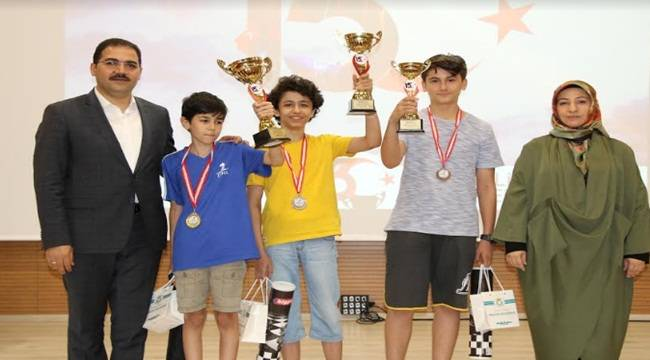 Haliliye'de 15 Temmuz Satranç Turnuvası Sona Erdi