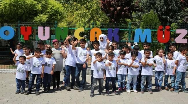 30 Suriyeli Yetim Çocuk Oyuncak Müzesini Gezdi