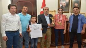 Başkan Aydın Türkiye Şampiyonlarını Ağırladı