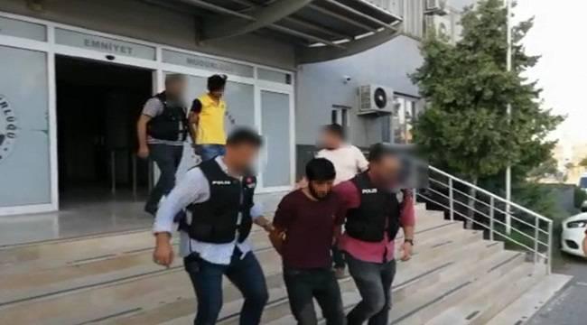 Bir Polisi Şehit Bir Polisi Gazi Eden Zanlı Yakalandı