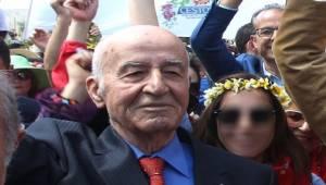 Eski Milletvekili Urfa'da 2 Milyon TL Dolandırıldı