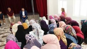 Gazi Vahide Şefkatlioğlu Kız Kur'an Kursunu Ziyaret Etti