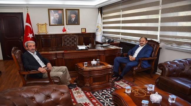 Gülpınar Başkan Aydın'ı Ziyaret Etti