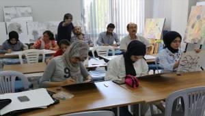 Kursa Katılan Öğrenciler Yeteneklerini Keşfediyor