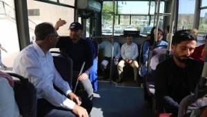 Makam Aracı Yerine Halk Otobüsü Kullandı