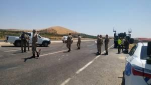 Şanlıurfa-Adıyaman Karayolunda Kaza 2 Yaralı