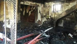Urfa'da Elektrik Kontağı Kafeyi Kül Etti