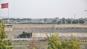 PKK/PYD terör örgütü bez parçalarını indirdi