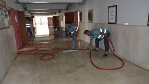 Siverek'te Hükümlüler Temizlik Yaptı