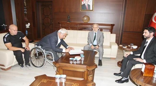 Engelliler Spor Kulübüne HRÜ'dan eğitim desteği