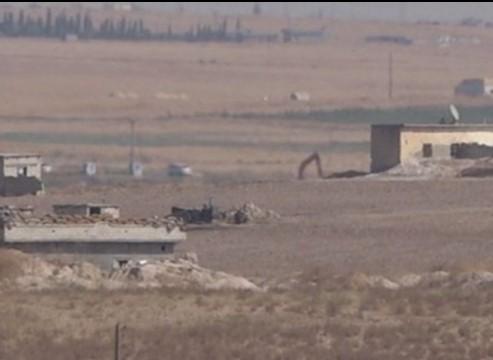 PKK/PYD terör örgütü devriye öncesi tünelleri tahrip ediyor