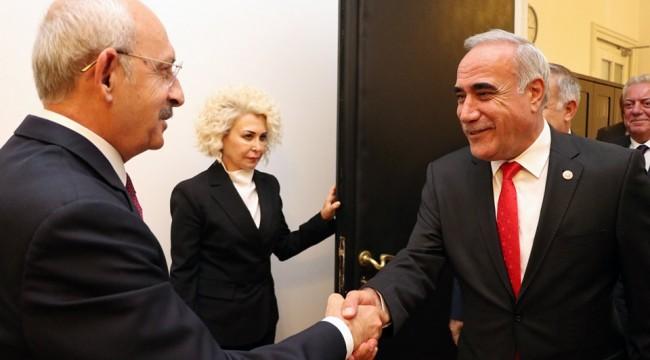 Aydınlık Urfa Raporunu Kılıçdaroğlu'na Sundu