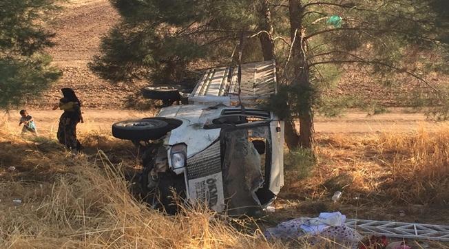 Gelin Çeyizi Götüren Araç Kaza Yaptı 4 Yaralı