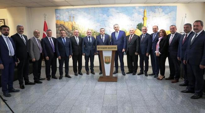 İstanbullu İş Adamlarından Beyazgül'e Ziyaret