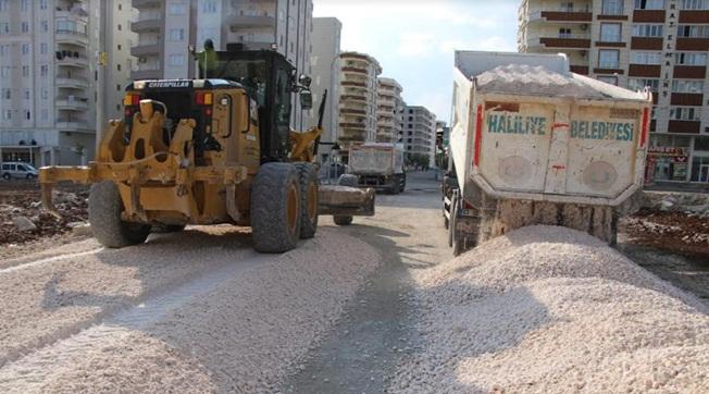 Karşıyaka Mahallesinde Yol Yapım Çalışması