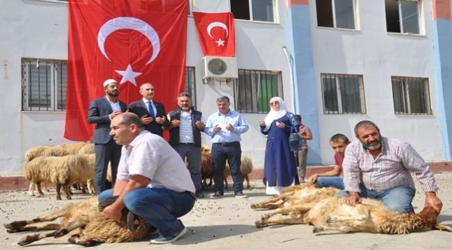 Mehmetçikler İçin 50 Kurban Kesildi