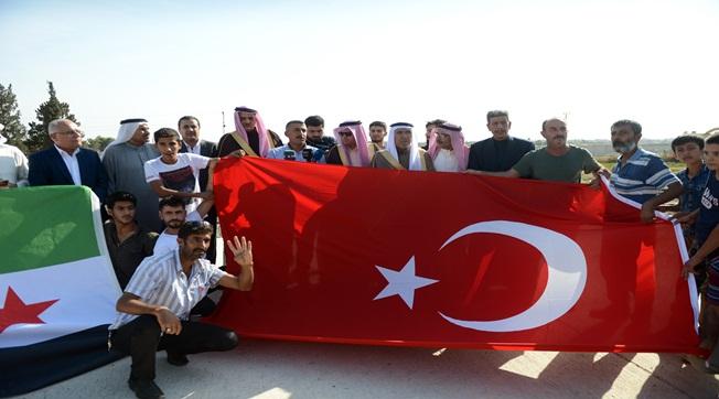 Suriyeli Aşiret Liderleri Barış Pınarı Hareketi'ne Destek