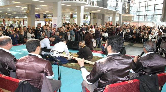 Ankaralıları Şanlıurfa stantları karşıladı.