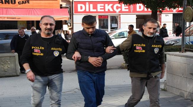 Eskişehir'den Urfa'ya Kaçarken Ankara'da Yakalandı