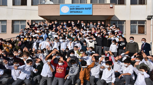 Lösemili Birgül İçin Tüm Öğrenciler Maske Taktı