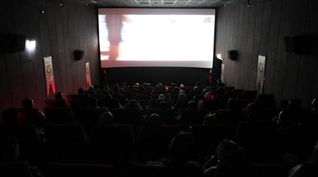 Haliliye'de Öğretmenler Naim Filmini İzledi