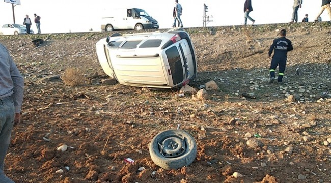 Otomobilin Tekeri Koptu 4 Yaralı
