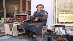 Özbek Türkü Nergiz Yetkililere Seslendi